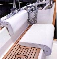 Asiento acolchado para bañera - Este asiento junto al respaldo acolchado ofrece un conjunto elegante y muy confortable.