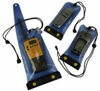 Bolsas estancas reforzadas - Bolsas estancas de material plástico translucido soldado para VHF, móvil o GPS..   Dimensiones:.   Bolsa para móvil o GPS: 9 x 21 cm.   Bolsa para VHF: 13,5 x 41 cm