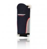 Porta Manivela de winch Robship - Soporte para manivela de winch Robship.   Puede fijarse con tornillos o soporte con ventosa..   Material de poliéster con protección UV..   Dimensiones: 14 × 26 cm.