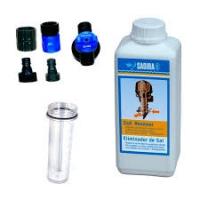 Sadira Kit Mezclador y Eliminador Sal 1L - El kit incluye dosificador y eliminador de sal de 1L.   ideal para la utilización del producto Sadira eliminador de Sal. Se sirve completo con grifo, racores y dosificador..   No incluye las orejeras para motor fueraborda.