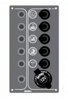 Panel de Control con Toma de Carga - Diseñados para uso en embarcaciones pequeñas y medianas..   Panel de Control resistente al agua y fusibles automáticos..   - 5 interruptores: 2 On-Off - 1 On-Off-Manual - 1 On-Off-On - 1 Manual-Off-Manual.   - Inox 316.   - Medidas: 17 x 10 cm.   - Voltios: 12V
