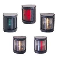 Classic LED 12. Luces navegacion LED para embarcaciones menores de 12 m - Luces de navegación LED, para embarcaciones de eslora inferior a 12 m..   Alcance 2 millas..   Dimensiones : 60 mm ancho x 70 mm alto x 55 mm prof..