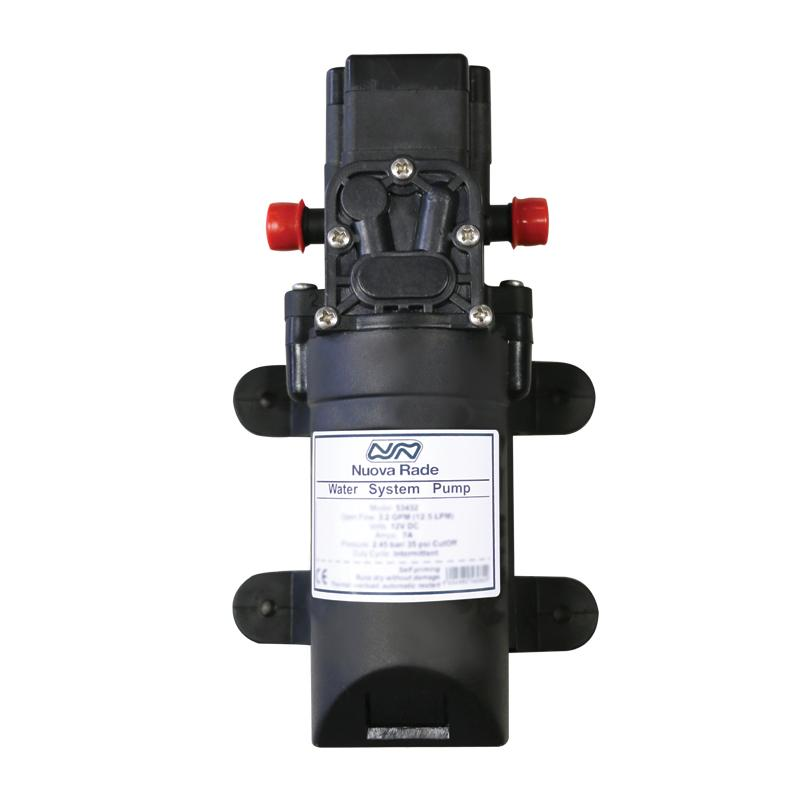 Bomba de agua, autocebante Nuova Rade 3,8lt / min, 12V - Bomba de agua, autocebante. Tasa de flujo: 1.00 GPM (3.8 LPM).  Amperios: 1.2A - Máx. 2.6A, Presión: 5.5bar / 80psi, Tensión 12 V.   Consumo 2,5 Amp..   Dimensiones 210 x 108 x 98