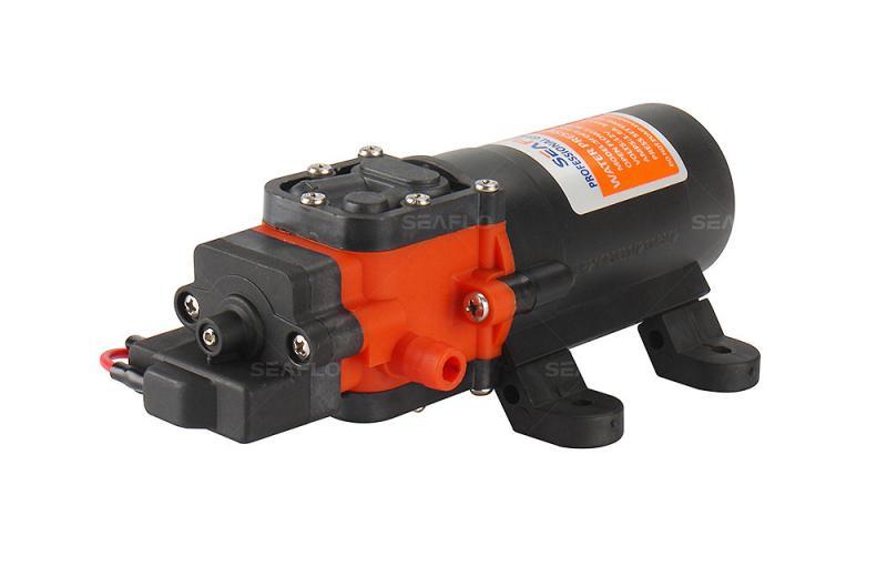 Bomba de agua automatica a presion SEAFLO FL 2202.  3,8lt / min, 12V