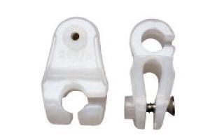 Mosqueton Nylon para Estay - Mosquetonesparafoquede vela ligera,fabricadosen nylon blanco