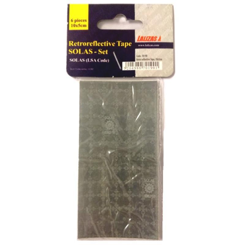 Cinta reflectante adhesiva SOLAS, Juego de 6 piezas - 5x10cm - Cinta retro-reflectiva SOLAS (código L.S.A.).    Paquete de seis tiras auto adhesivas de 5x10 cm..   Se puede coser.