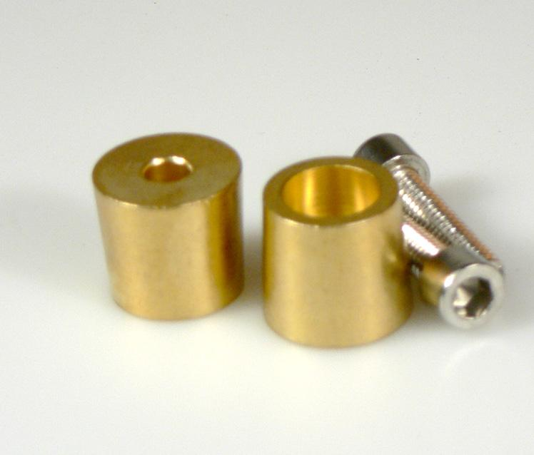 Borne adaptador roscado para bateria AGM metrica 8 mm - Bornes roscados de metrica M8 / 8mm. Apto para las baterías Unitron de 90A y 100A. Servido en 2 unidades para positivo y negativo.