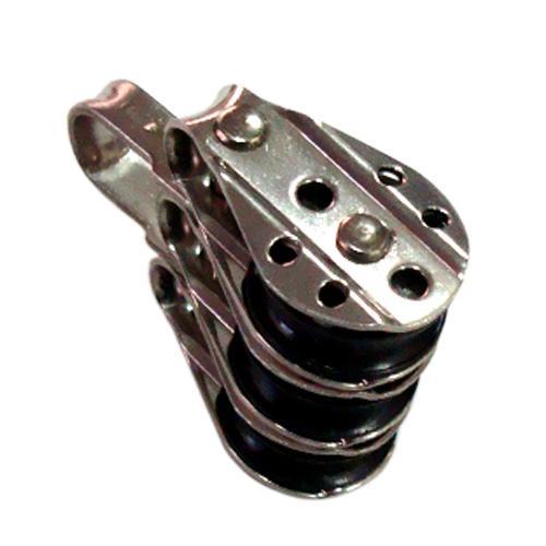 Polea Triple Inox Fija - Polea triple fija de acero Inoxidable AISI 316 y roldana de Delrin. Para cabo de 6, 8 o 10 mm