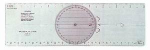 Trazador rosa giratoria - De material plástico incoloro, con disco giratorio y escala de declinación. Bordes con escalas en millas y kms.  Medidas: 380x120x1 mm